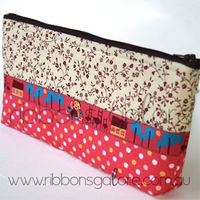 Goldilocks-dot-pouch