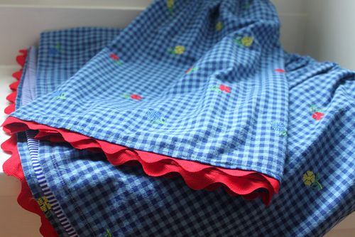 EFC sewing skirts