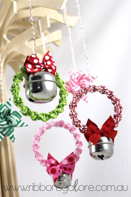 RibbonsGalorexmas-wreaths