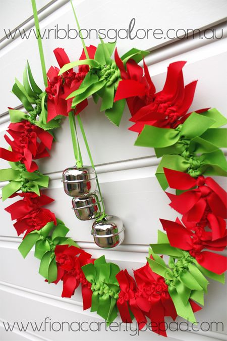 RibbonsGalorewreath2