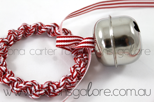 Ribbons Galore mini Christmas wreath tutorial step 5 (created by Fiona Carter)