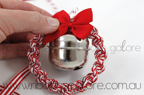 Ribbons Galore mini Christmas wreath tutorial step 10 (created by Fiona Carter)