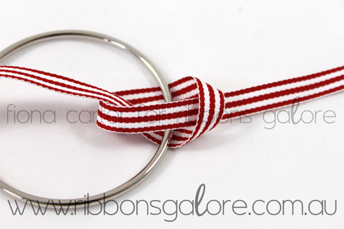 Ribbons Galore mini Christmas wreath tutorial step 1 (created by Fiona Carter)