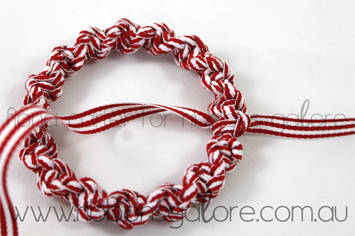 Ribbons Galore mini Christmas wreath tutorial step 3 (created by Fiona Carter)