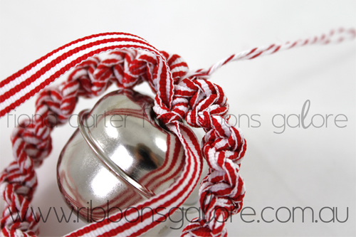 Ribbons Galore mini Christmas wreath tutorial step 8 (created by Fiona Carter)