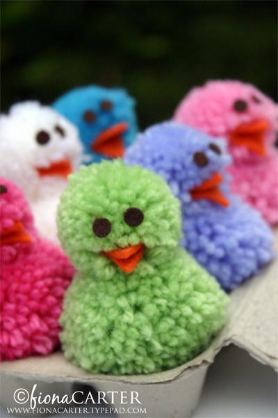 Fiona Carter's pompom Easter chicks tutorial