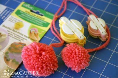 Fiona Carter pompom Easter chicks tutorial step 1