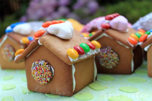 Fiona Carter's mini gingerbread houses
