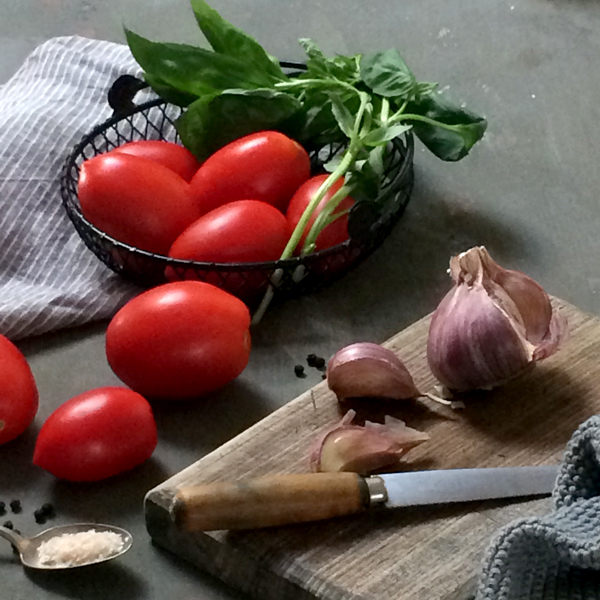 Fiona-Carter-tomato-n-basil-2