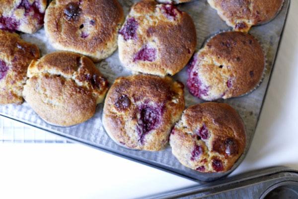Fiona-Carter-raspberry-and-white-chocolate-muffins-3