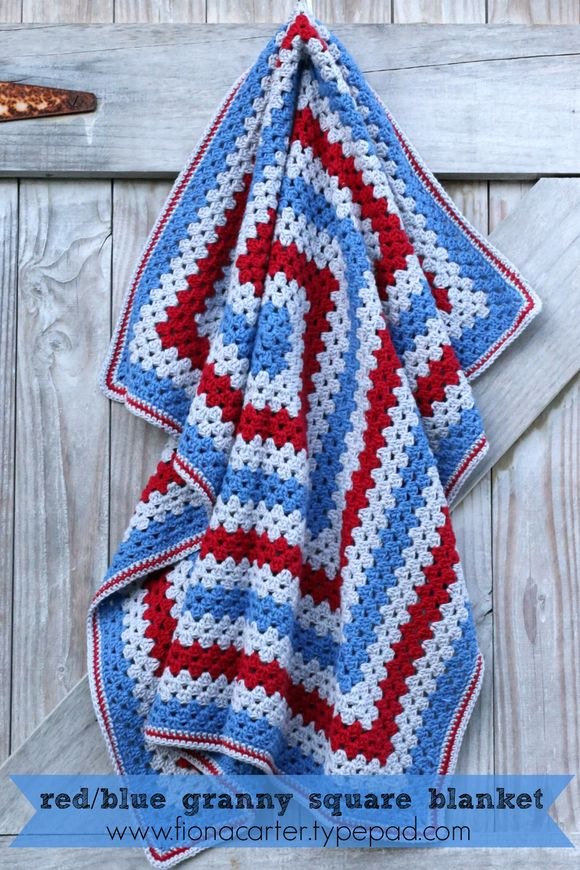 FEC granny sq red-blue 1