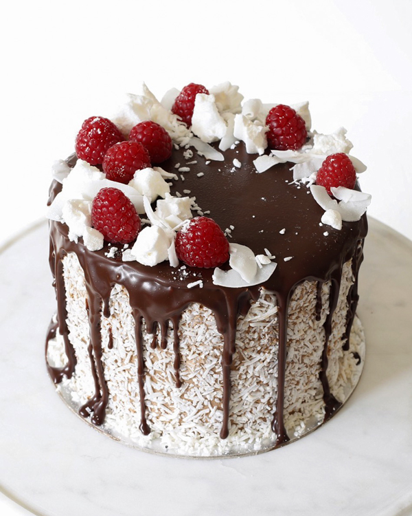 Chocolate Cake With Raspberry Chocolate Mousse Filling